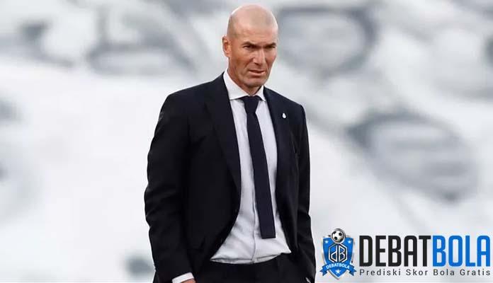 Zinedine Zidane Siap Tanggung Jawab Atas Tersingkirnya Real Madrid