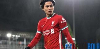 Liverpool Pinjamkan Minamino ke Southampton