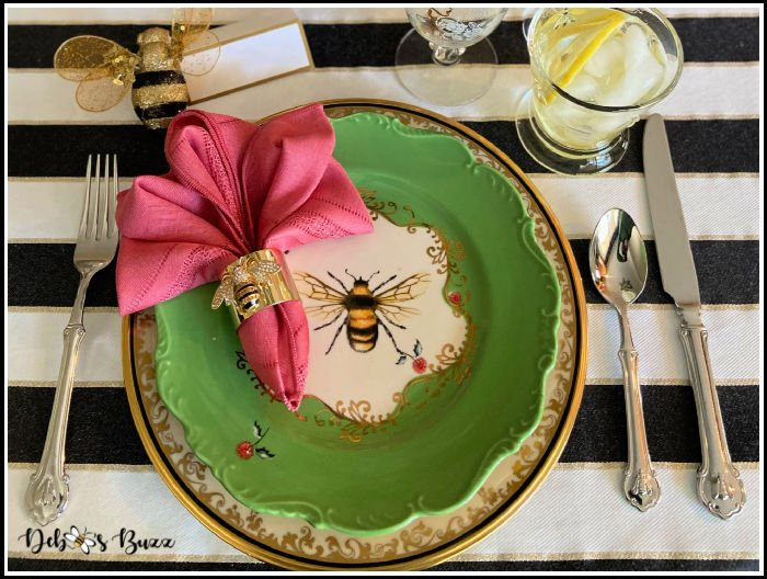 place-setting-bee-theme-table