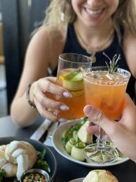 alomino Italian Lounge - Kosher - Jerusalem - Burrata and drinks