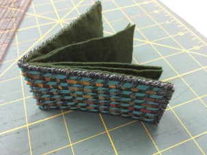 needle case book - ribbon weaving