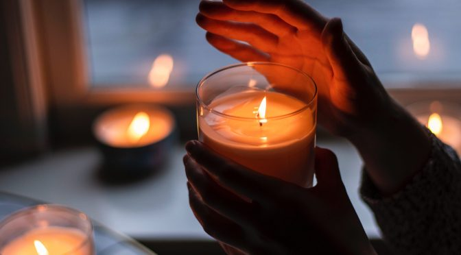 How Aromatic Candles can Set the Mood for Whatever You Want