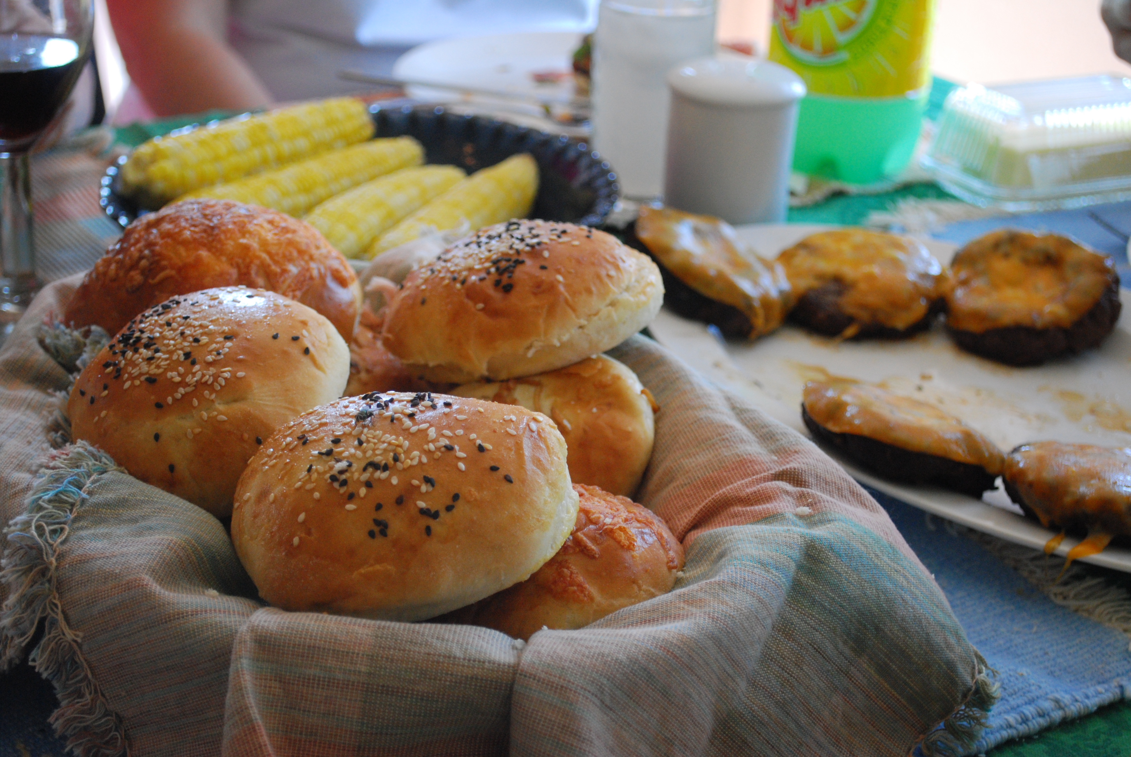 The 40 minute hamburger buns lasted about 30 minutes!