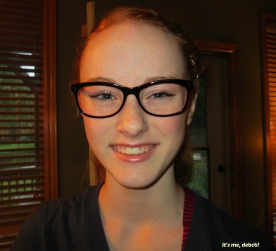 rosie-in-glasses