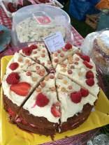 Mascarpone and summer fruits cake