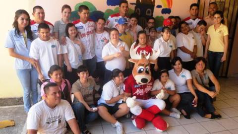 Venados en su visita a Casa Down Mazatlán