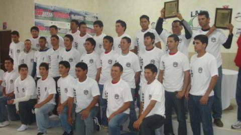 Equipo MEXOAX, campeón 2011 de Liga Rookie de la Academia LMB