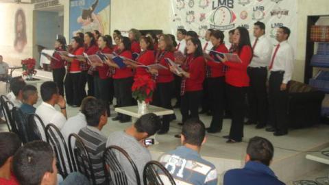 Cantata de Baseball Chapel en la Academia de la Liga Mexicana de Beisbol