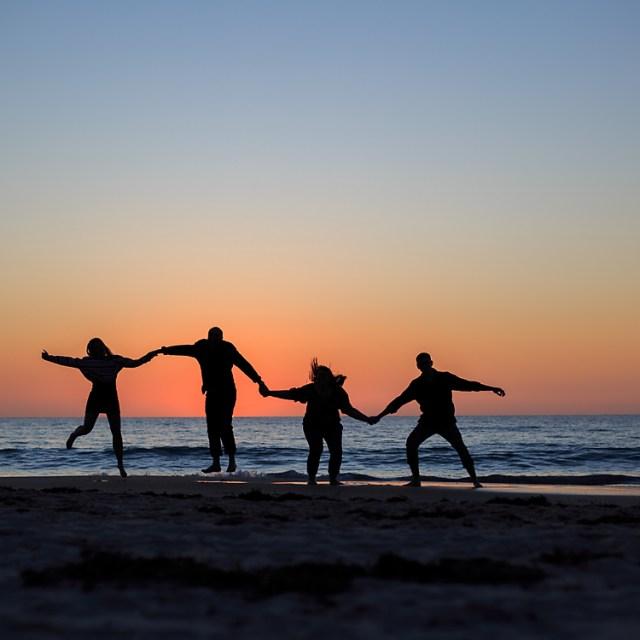 Beach Family Portrait session – Port Willunga Beach