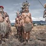 """DESCUBRE AL """"PUEBLO NATIVO DANI"""" DE NUEVA GUINEA QUE NO TIENE CONTACTO CON EL MUNDO MODERNO"""