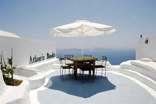 Atlantis-Books-Patio