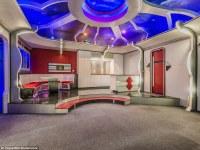 """Para los fans """"trekkie"""": sale a la venta una mansión  que recrea en su interior motivos  del universo Star Trek"""