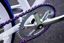 As cores se destacam no visual simples. Foto: Bitelli Bikes