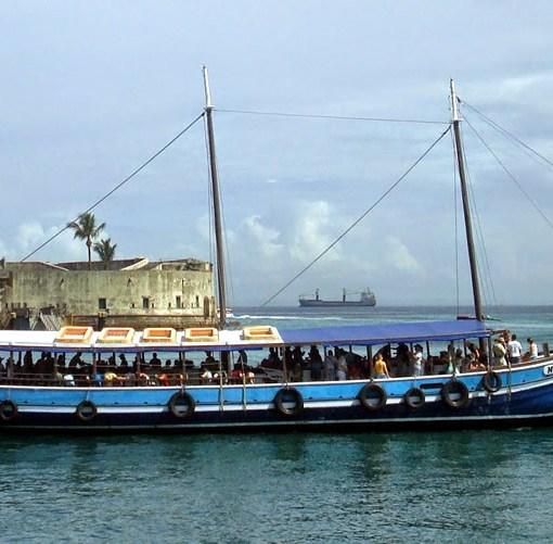 Passeio de escuna de Salvador para Ilha dos Frades