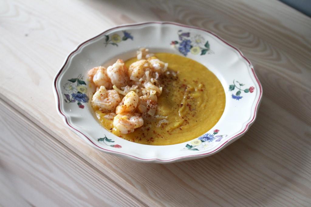 La purée de potiron aux crevettes citronnées