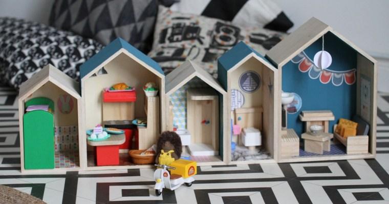 Une Maison de Poupée Mixte
