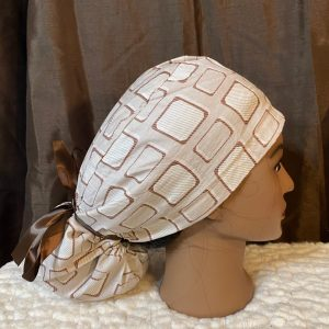 Ponytail scrub hat with brown squares