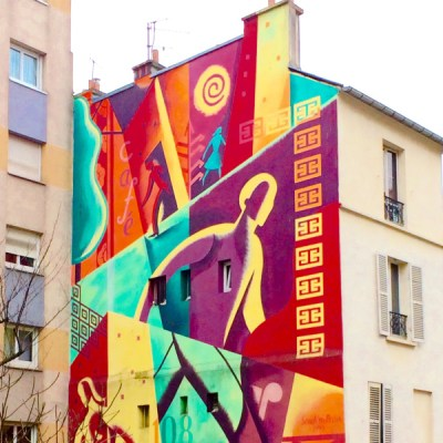 Photo of mural on the side of an apartment building in Belleville