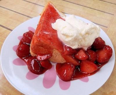 strawberries-688162_1280