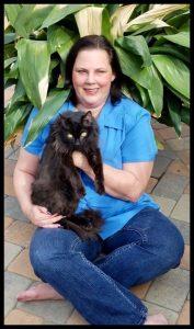 Deborah Hansen, CFMG, CFCG Cat Grooming Writer