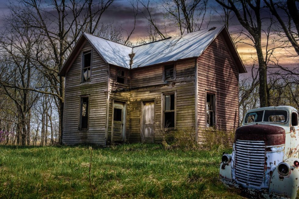 1940s Dodge COE-Old House