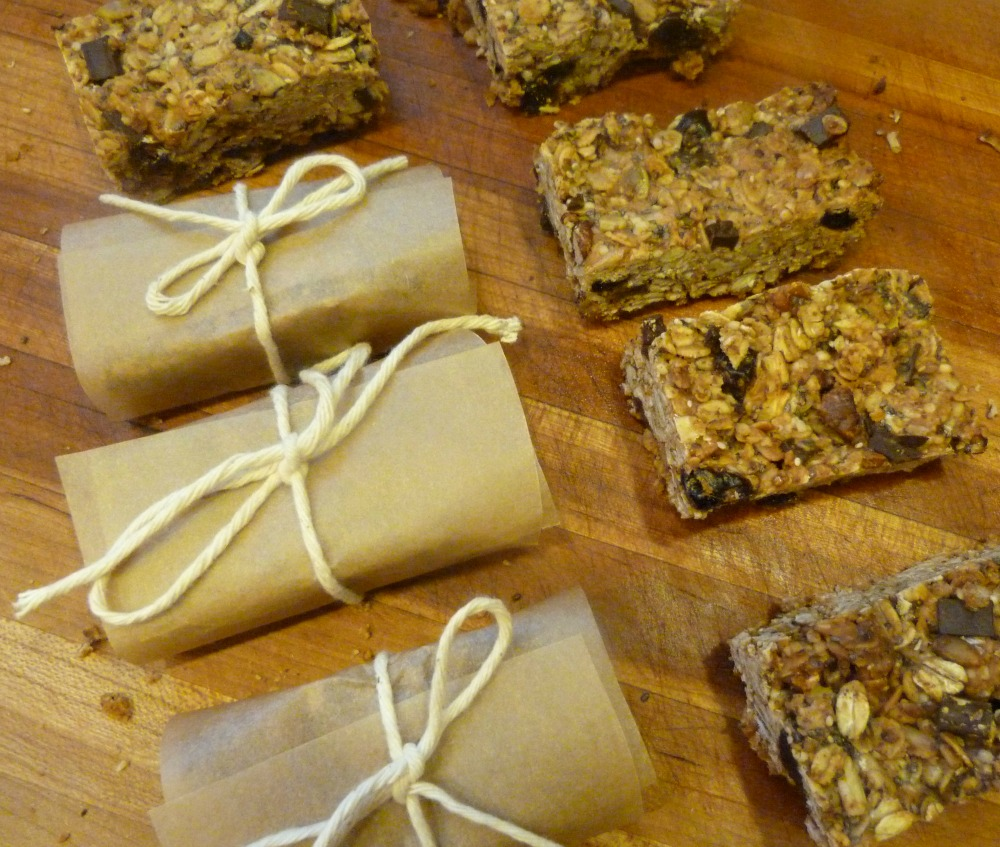 Healthy Granola Bars. Grab and Go