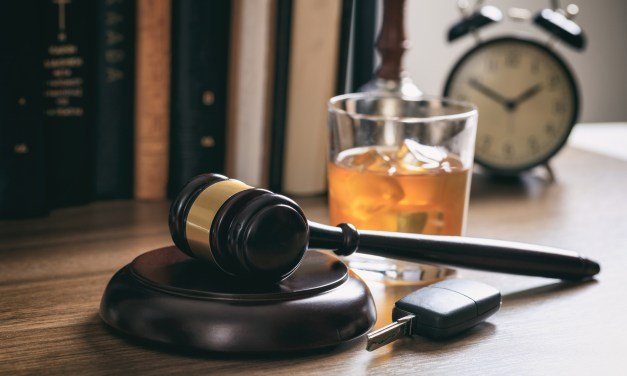 5 Things to Consider Before Hiring a DUI Lawyer