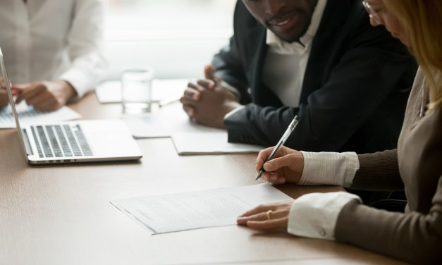 7 Advantages of Hiring a Lawyer When Starting a New Business