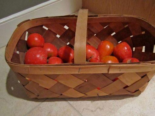 BasketTomatoes