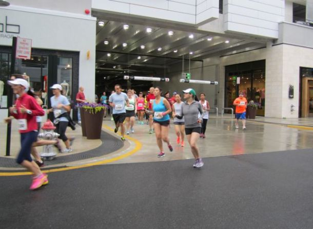 FitFoodie5KRunningThroughParkingGarage