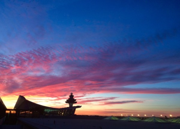 SunriseOverDullesAirport