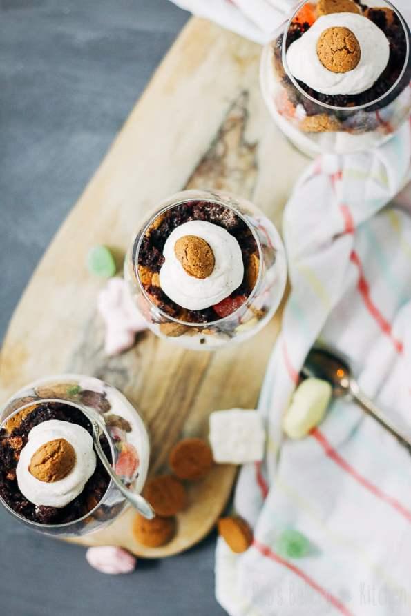Sinterklaas trifle met speculaasroom
