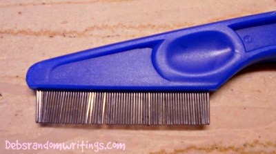 A nit comb is very fine toothed, making it easier to comb out the head lice and nits.