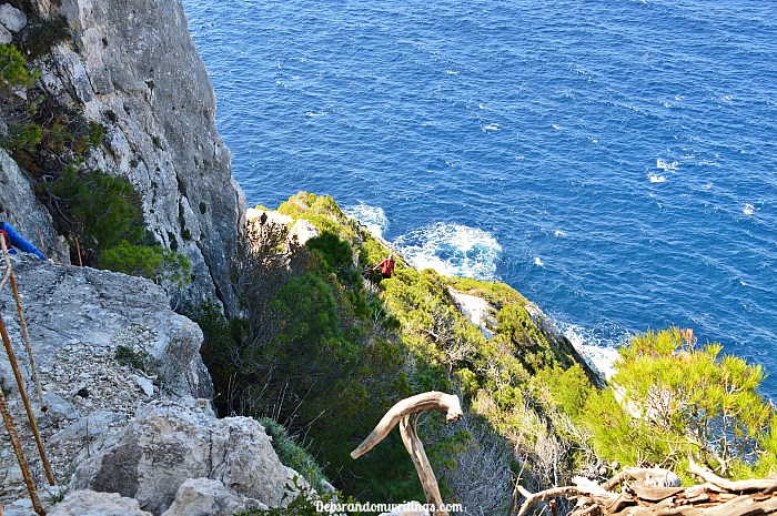 cliff climbing at Agalas