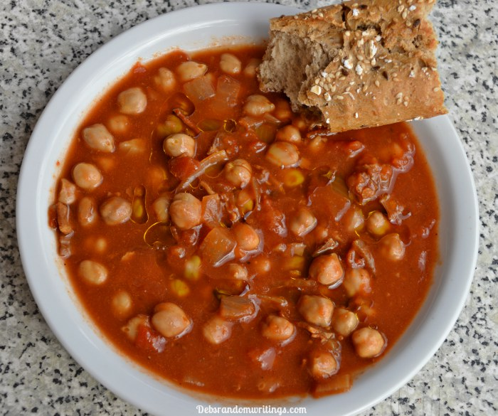 slow cooker chickpea, tomato and bacon recipe