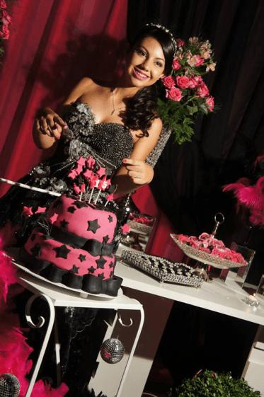 Larissa Vieira Rosa Pink