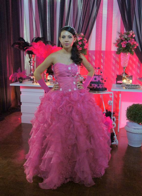 larissa-vieira-rosa-pink-23