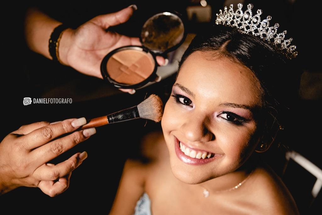 15 anos Giovanna Claudino