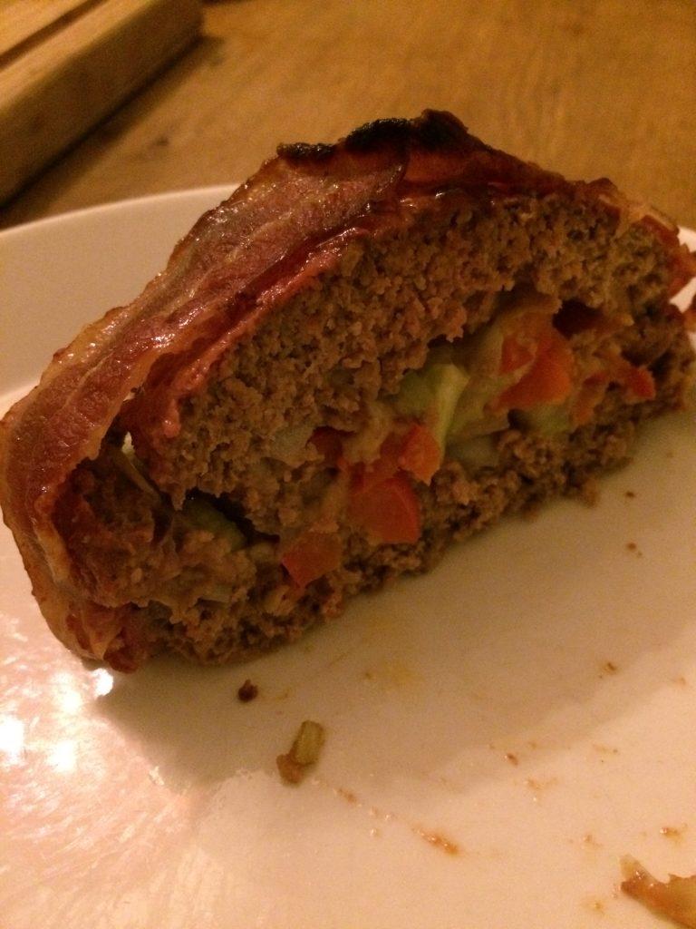 Gesneden gevuld gehaktbrood
