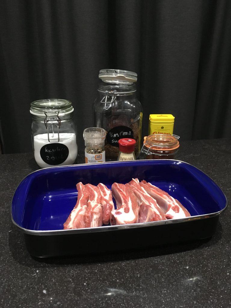 Lamsribben op de barbecue ingrediënten