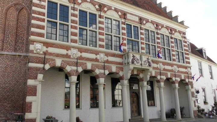 In het voormalige raadhuis van Vollenhove is nu restaurant Seidel gevestigd-de Canicula