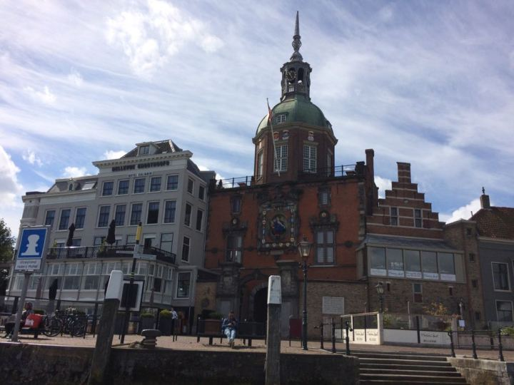 De Groothoofdspoort in Dordrecht - De Canicula