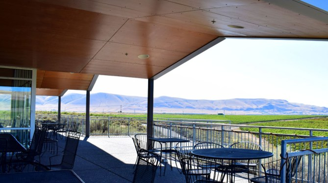 Kiona Vineyards tasting room, Red Mountain AVA Washington