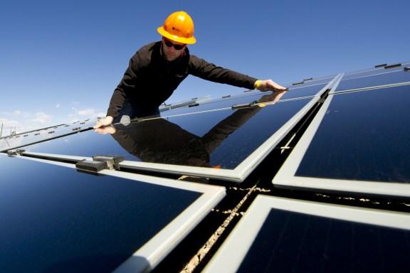 solar installer