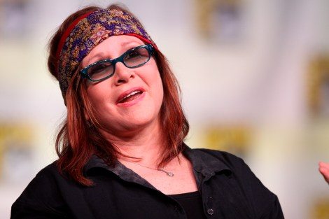 Carrie Fisher speaking at the 2012 San Diego Comic-Con International. Image: Gage Skidmore