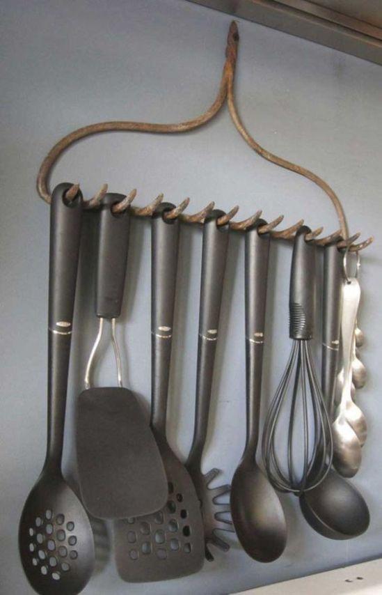 baldas y ganchos 2 orden en cocina www.decharcoencharco.com