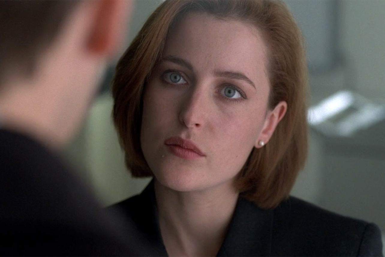 Celebrate Gillian Anderson's Birthday by Watching Her Emmy-Winning ...
