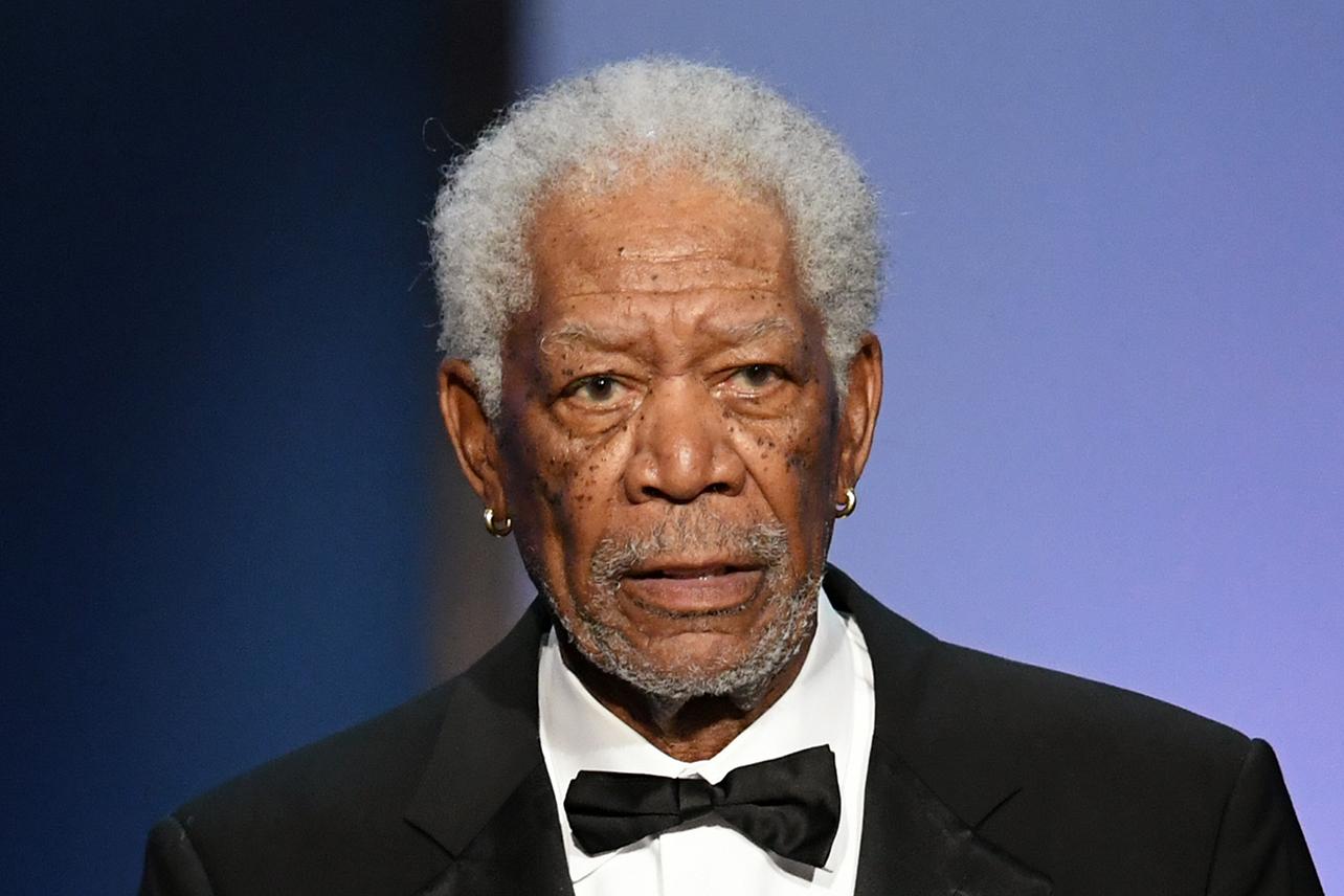 Cnn Staffers Reportedly Shocked Warnermedia Hired Morgan Freeman Amid Sexual Harassment Allegations Decider