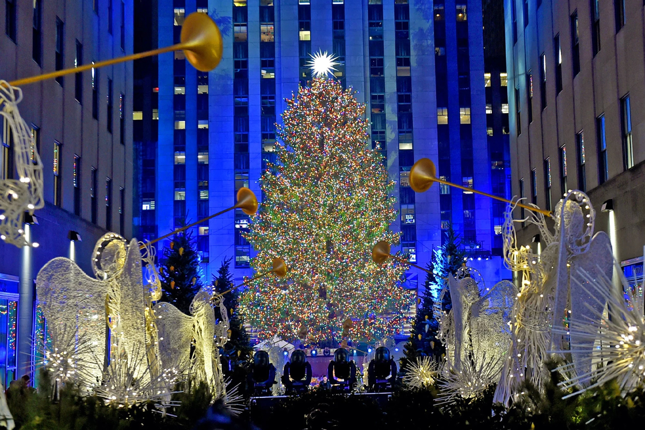 Watch 2021 New York Christmas Tree Lighting 2021 Christmas In Rockefeller Center Live Stream Time How To Watch The Rockefeller Center Christmas Tree Lighting Live
