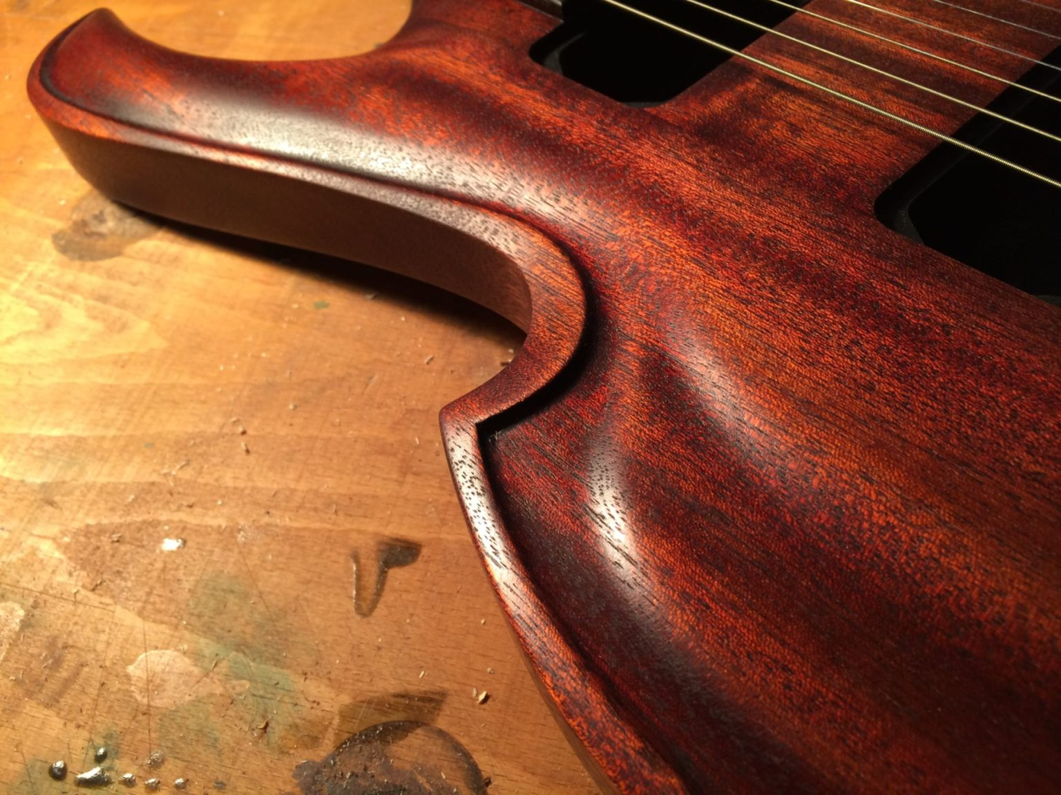 viola-nt carved top
